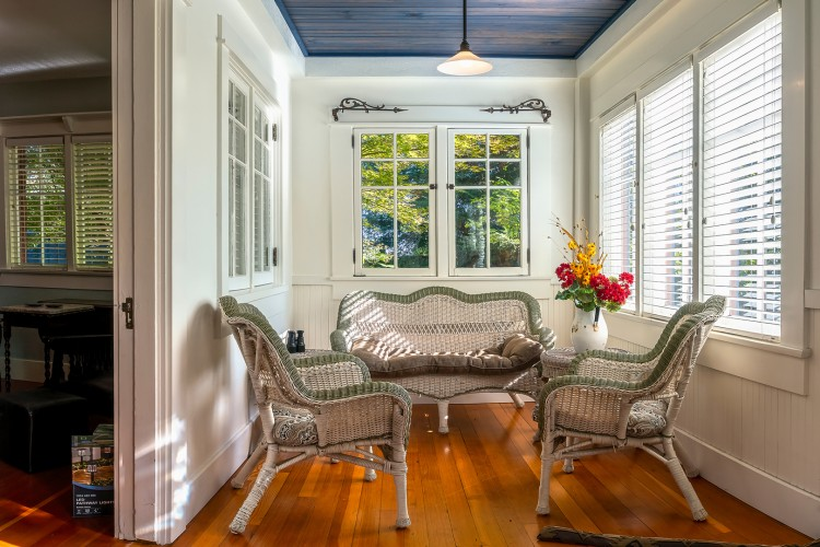 The 1910 Orchard Guest House ~ In the Foothills of Wine Country