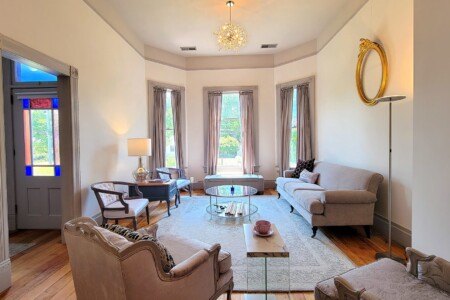 The Barclay-Klum House ~ North (Upstairs) Suite